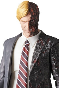 MedicomToy MAFEX No.054 HARVEY DENT Action Figure