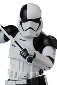 MedicomToy MAFEX No.069 FIRST ORDER STORMTROOPER EXECUTIONER Action Figure