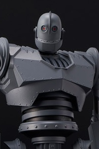 SEN-TI-NEL RIOBOT Iron Giant Battle Mode Action Figure