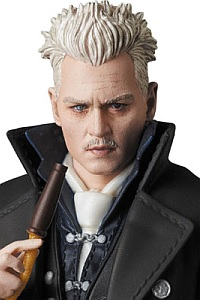 MedicomToy MAFEX Grindelwald Action Figure