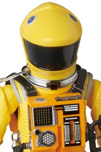 MedicomToy MAFEX No.035 SPACE SUIT YELLOW Ver. Action Figure (2nd Production Run)